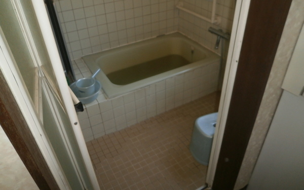 【洗面所リフォーム】エコリフォームで快適な生活を Y様邸 工事前画像